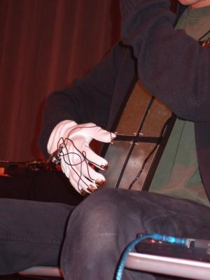 picture2: mysterious plates, magic hand